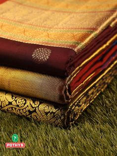The hues of rich and warm brown sarees that seemed to be effortlessly weaved giving it a ravishing look of elegance and the intricate zari work on the material make it an extraordinary piece of art from Kanchipuram for your festive occasion. #silksaree #silksareeblouse #puresilk #saree #traditionalsaree #sareedesigns #sareestyles #weddingsaree #diwali #bridalsaree #sareeembroidery #diwalispecial #diwalicollection #kanchipuramsilksareeblouse #weddingsilk #kancheepuramsilk #weddingblouse