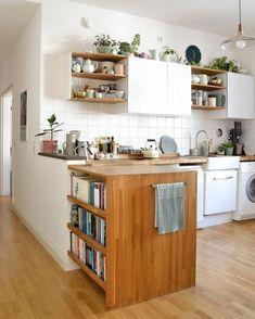 41 The Secret Truth On Top Ideas To Get Boho Style Kitchen Exposed 1 - decorincite Kitchen Mat, Kitchen Shelves, Kitchen Decor, Kitchen Cabinets, Old Farmhouse Kitchen, Old Kitchen, Kitchen Dining, Küchen Design, Kitchen Furniture