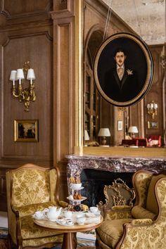 The Ritz, Paris. Louis XV style fireplace in Fleur de Pêcher marble Rue Rivoli, The Ritz Paris, Luxury Interior, Interior Design, Lobby Interior, Interior Architecture, Chateau Versailles, Pierre Frey, French Fabric