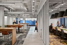 Unilever New Jersey campus by Perkins+Will Corporate Office Design, Office Interior Design, Office Interiors, Audio Visual Installation, Employee Wellness, Workplace Wellness, Pond Design, Office Environment, Open Office