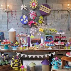 Adorei a decoração dessa festa tema Foguete que aconteceu hoje no @mamuscasp. Super bacana e original! Foto @sermaedepoisdos40  #kikidsparty
