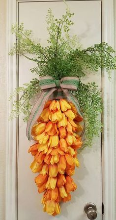 Easter Carrot Swag, Carrot Swag, Spring Swag, Tulip Swag, Easter, Spring, Farmhouse Swag, Everyday Decor, Easter Decor, Spring Decor, Carrot by SouthTXCreations on Etsy