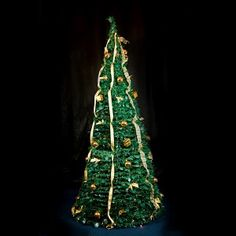 30 Second Collapsable Green/Gold Christmas Tree Gold Christmas Tree, Christmas Lights, Green And Gold, Plant Hanger, Pop Up, Color Change, Christmas Fairy Lights, Popup, Christmas Candles