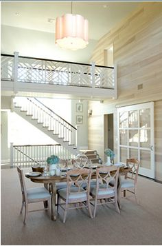 love the layout of the stairs and walkover