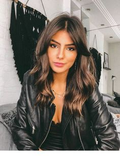 49 Hot Trend Haircuts You'll Be Obsessed With 2019 - hair lengths Medium Hair Cuts, Medium Hair Styles, Short Hair Styles, Medium Layered Hair, Layers For Wavy Hair, Medium Choppy Layers, Medium Brunette Hairstyles, Medium Long Hairstyles, Long Fringe Hairstyles