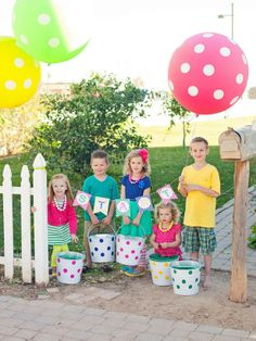 Host a Kids' Easter Egg Decorating and Hunt Party : Decorating : HGTV