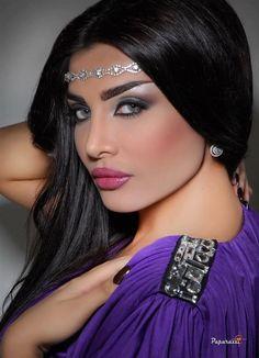 #Arabic makeup... Amal al-Awadi #Kuwaiti actress...