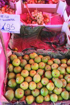 Green figs, Palermo, Sicily