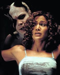 not technically horror but twisted none the less ;) Jennifer Lopez and Vincent D'Onofrio in The Cell Classic Horror Movies, Horror Films, The Cell 2000, Jennifer Lopez Movies, Really Good Movies, Awesome Movies, Brooklyn, Bram Stoker's Dracula, Fiction Movies