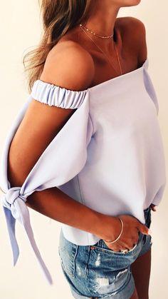 Tie sleeve top