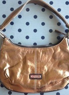 Kaufe meinen Artikel bei #Kleiderkreisel http://www.kleiderkreisel.de/damentaschen/handtaschen/134854142-handtasche-von-segue-bronze-glanzend