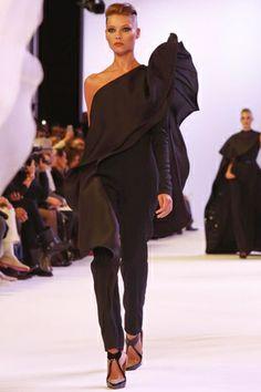 Stephane Rolland Haute Couture Spring Summer 2014 Paris - NOWFASHION