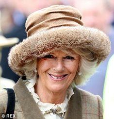 Camilla Duchess of Cornwall beams as she arrives at the Cheltenham Festival looking beautiful in a ruffled silk shirt, tweed coat and fur hat. Real Princess, Princess Anne, Camilla Duchess Of Cornwall, Duchess Of Cambridge, Zara Phillips, Camilla Parker Bowles, New Haircuts, Prince Charles, Camila