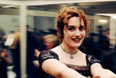 pomp hair style i want this hair titanic let yer hair 4972 | f6d63aae392c2b188bcfa4972d99f28e kate winslet in titanic film fiction