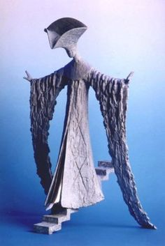 La Scala. Philip Jackson sculpture.