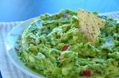Authentic Mexican Guacamole Recipe - Food.com delicious and the wee girl likes it - no garlic!
