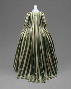 Robe à la Française Date: 1778–85 Culture: French Medium: linen, silk Accession Number: C.I.65.13.2a–c