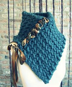 Gorgeous chunky blue knit scarf with ribbon detail