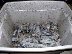 How to Build a Homemade Worm Composting Container