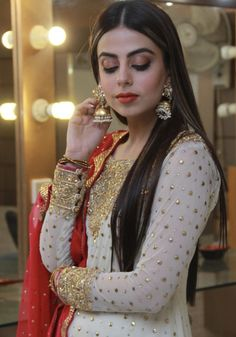 Image may contain: 1 person, standing Pakistani Fashion Party Wear, Pakistani Wedding Outfits, Indian Bridal Outfits, Pakistani Dress Design, Pakistani Dresses, Fancy Dress Design, Stylish Dress Designs, Stylish Dresses, Wedding Dresses For Girls
