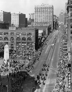 *🇨🇦 PNE opening day parade along Hastings Street (Vancouver, 🎞 Vancouver Bc Canada, Vancouver City, Historical Pictures, Historical Sites, Street Photography, Landscape Photography, Canadian History, Local History