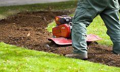 Prace ogrodnicze są bardzo popularne szczególnie w okresie wakacji. Trochę wolnego czasu i człowiekowi się chce.  Chcesz zaprojektować ogródek? Masz pomysł, a nie wiesz jak go zrealizować? Zapraszamy na http://green-land.com.pl