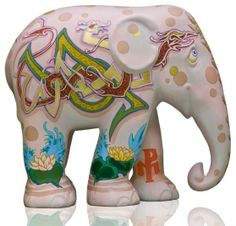 Elephant Parade Webshop - Buy your own elephant here! Happy Elephant, Elephant Walk, Elephant Parade, Asian Elephant, Elephant Love, Elephant Design, Elephant Stuff, All About Elephants, Paper Mache Animals