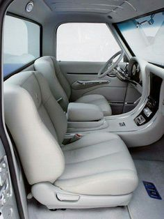 Bucket seats in a - The 1947 - Present Chevrolet & GMC Truck Message Board Network Lowered Trucks, C10 Trucks, Hot Rod Trucks, Chevrolet Trucks, Pickup Trucks, Chevy Silverado, Chevy Pickups, 67 72 Chevy Truck, Truck Interior