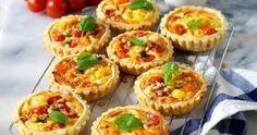 Minipajer med tomat och fetaost recept
