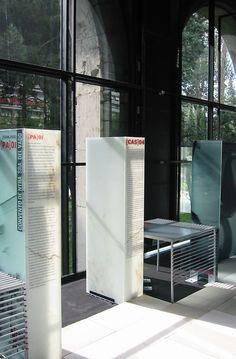 mesa para la exposicin patrimonio cultural galeria mopu madrid allende arquitectos