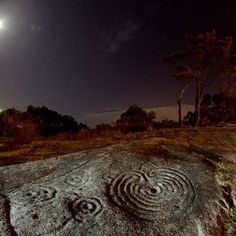Ancient Labyrinth etched in stone  This is the Labyrinth of Mogor, Galicia, Spain f6d6bf0d864c1697dd81da04927c737b.jpg 403×403 pixels