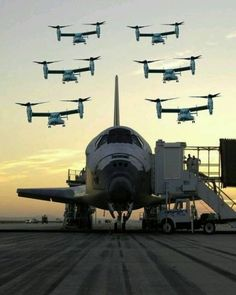 COOL NASA PIXS - SPACE SHUTTLE WITH 6 OSPREY AIRCRAFT IN FORMATION OVER TOP!