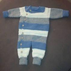Min første lettvintdress :) #garniusgarn#dropsmerinoextrafine#babystrikk#gutt 💙 Knitting, Tricot, Breien, Weaving, Stricken, Crochet, Cable Knitting, Tejidos, Crocheting