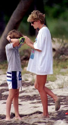 Diana and William on a beach holiday