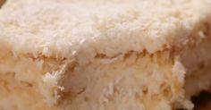Co powiesz na pyszne ciasto, którego nie trzeba piec? Wypróbuj przepis na pyszne kokosowe ciasto Raffaello.