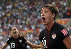 Abby Wambach = One bad ass lady. Soccer Post, Soccer Tips, Nike Soccer, Soccer Cleats, Barcelona Soccer, Fc Barcelona, Cristiano Ronaldo Lionel Messi, Neymar, Female Soccer Players