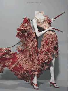 Alexander McQueen: Savage Beauty (Metropolitan Museum of Art)