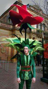 Great flower costume.