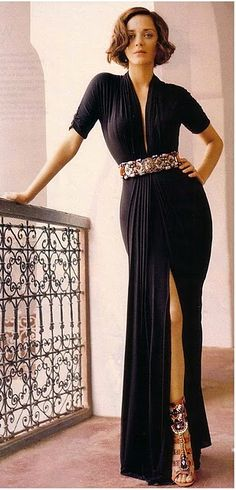 Marion Cottillard - love it all: the fashion, the attitude, the elegance...