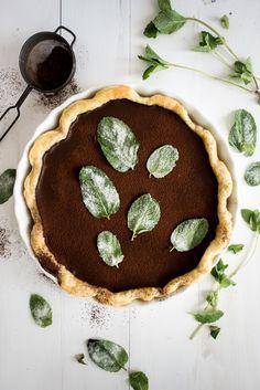 Dark Chocolate Mint Julep Pie | This needs to happen in my kitchen...