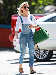 Star Tracks: Thursday, September 3, 2015 | LADY WHO LUNCHES | Newly engaged Julianne Hough has that glow as she grabs lunch on Wednesday in L.A.