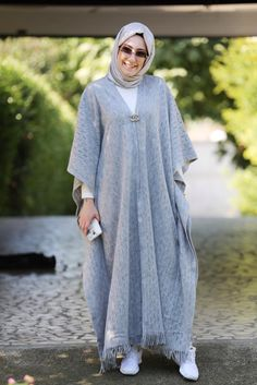 We Love Modest Fashion! We Love Modest Fashion! Abaya Fashion, Modest Fashion, Fashion Dresses, Fashion Fashion, Fashion Spring, Fashion Women, Abaya Mode, Mode Hijab, Hijab Dress