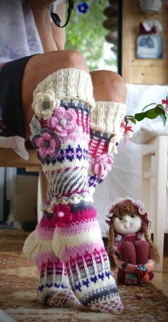 Ankortit Knitting Socks, Hand Knitting, Knitting Patterns, Crochet Patterns, Crochet Designs, Crochet Cross, Knit Crochet, Crochet Hats, Knitting Projects