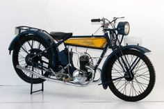 """1924 Lutetia 175cc. Firstly equipped with a """"lutetia"""" engine, the second version ran a Villiers 175"""