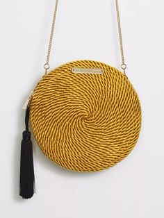 """Industrial style 342203271669818196 - Bolso Olivia · Amarillo Vintage """"x"""" Source by ruthcblanco Diy Sac, Basket Bag, Summer Bags, Vintage Yellow, Sewing Patterns Free, Handmade Bags, Beautiful Bags, Vintage Accessories, Clutch Wallet"""
