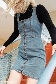 Street style | Turtle neck shirt with button up denim dress