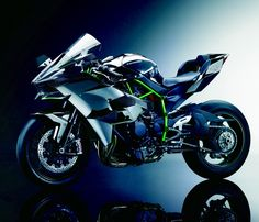 KAWASAKI Ninja H2 | Engine Type: Supercharged liquid-cooled inline-four • Displacement: 998cc • Supercharger Type: Centrifugal, scroll-type • Maximum Power: 296bhp • Frame Type: Trellis, high-tensile steel • Tyres: F: 120/600R17 Bridgestone V01 slick R: 190/650R17 Bridgestone V01 slick