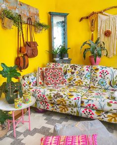 A Story of Home - - Bold Bright British - Nature Inspired Design Persian Decor, Bright Rooms, European Home Decor, Living Room Flooring, Eclectic Decor, Eclectic Style, Sofa, Home Decor Inspiration, Garden Inspiration