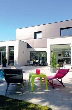 2. Un charme au design pour la maison BBC : la piscine - 30 photos pour une maison de rêve à la mode écolo - CôtéMaison.fr