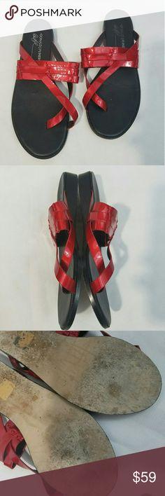 Donald J. Pliner Flip Flop Sandals Patent Red 8.5 Donald J. Pliner Flip Flop Sandals Women's Size 8.5 Patent Leather Red --- Excellent used condition.    LB Donald J. Pliner Shoes Sandals